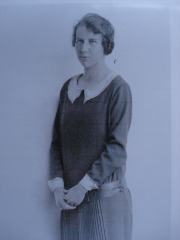 Joyce Cran Barry Image