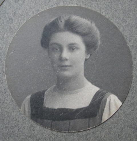 Rosabelle Sinclair Image